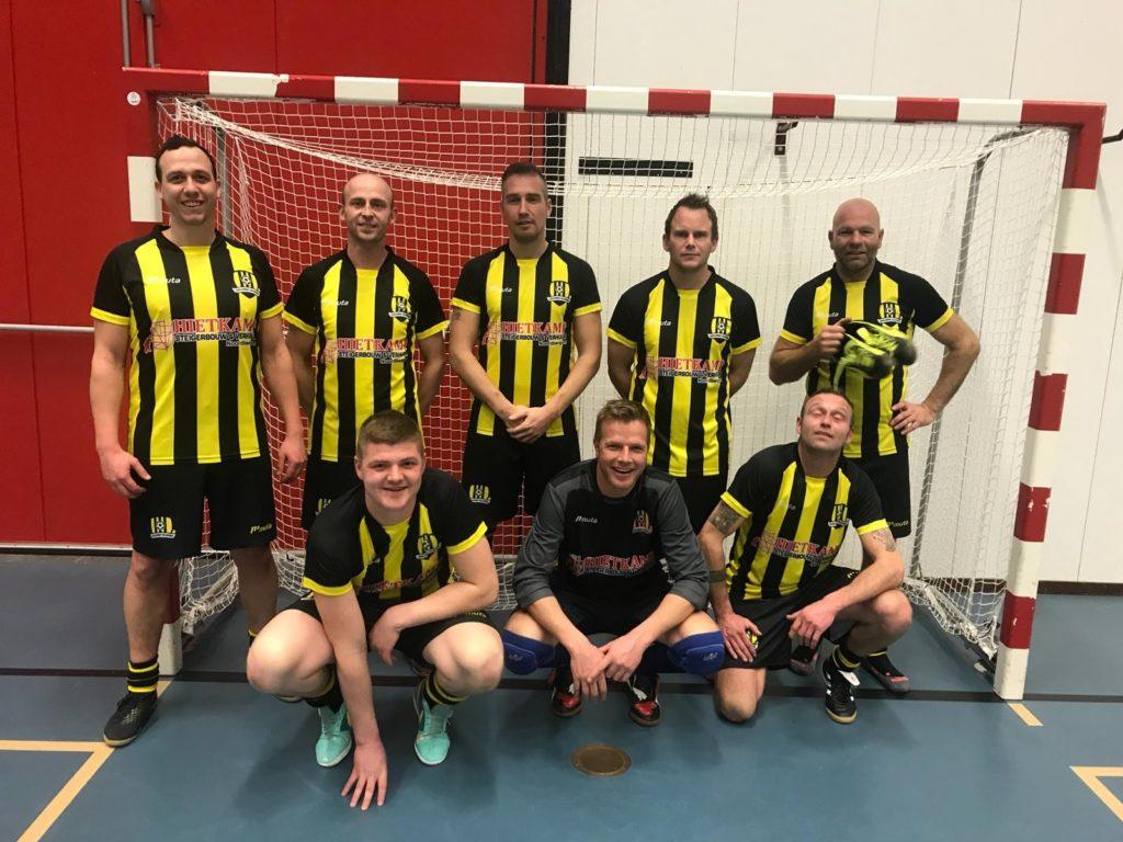 Friese Boys 35+2 wint 35+ toernooi te Kollum