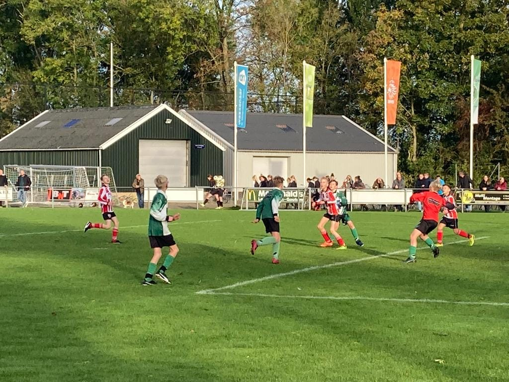 Beetgum JO13 – Friese Boys JO13 zaterdag 24-10-2021
